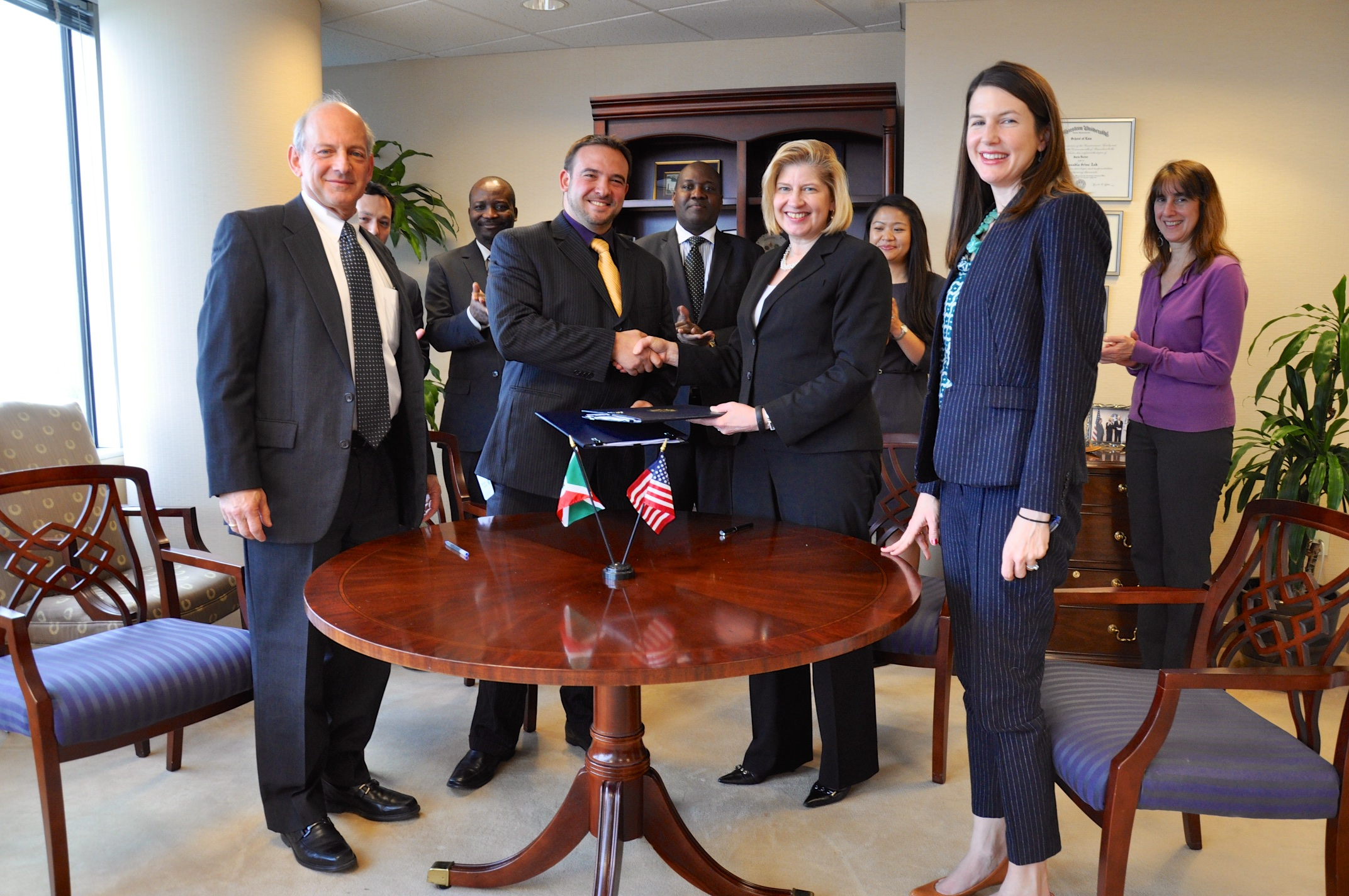 Gigawatt Global signs on grant for Burundi at USTDA offices